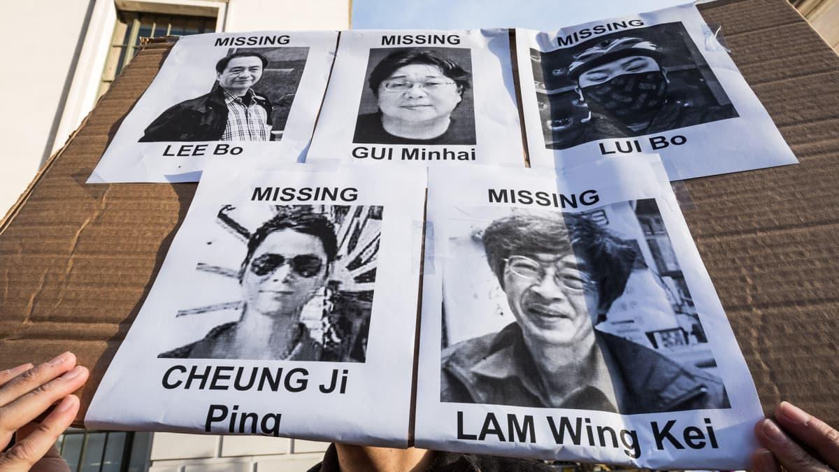 Kiinassa kadonneiden mustavalkokuvia.
