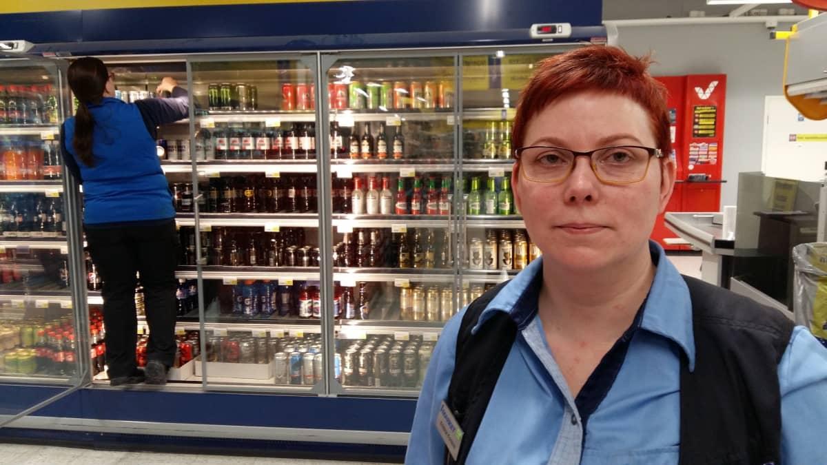 Marketpäällikkö Kristina Kontola Kuortaneen S-marketista.