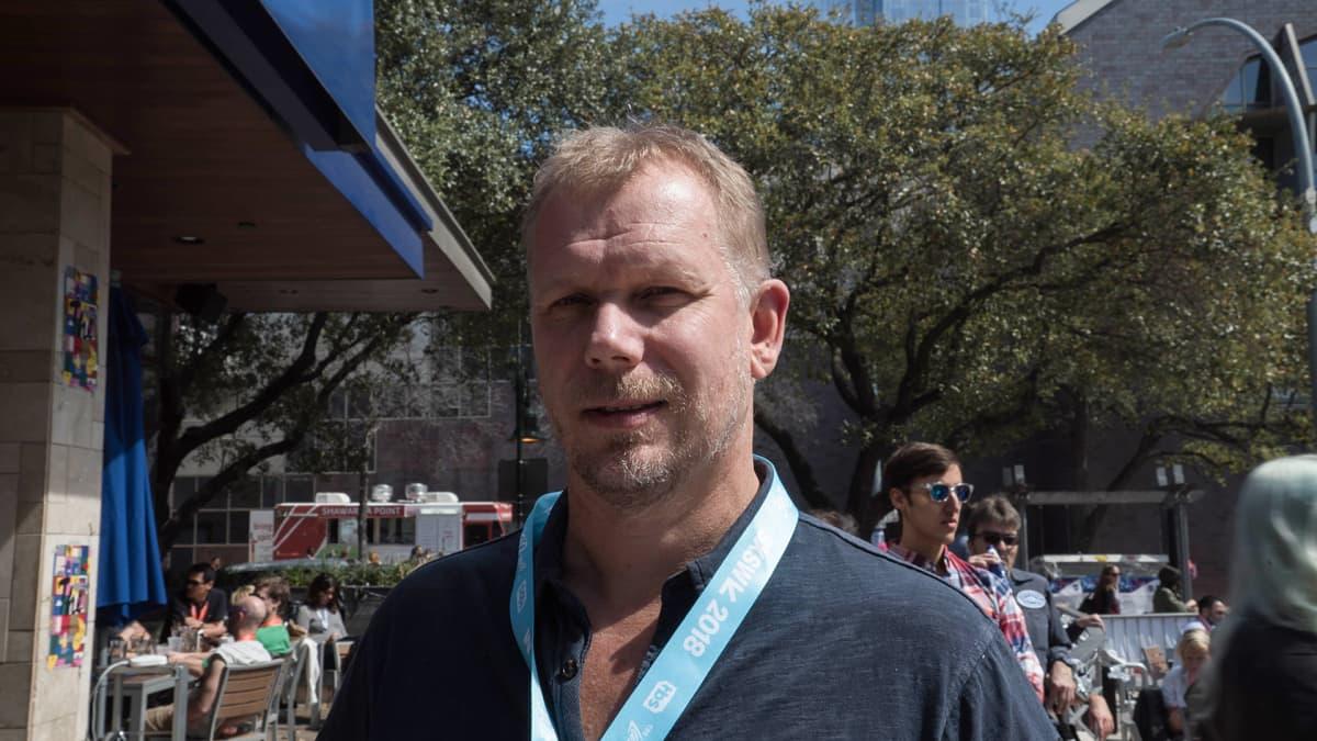 Hevi reissu -elokuvan tuottaja Kai Nordberg.