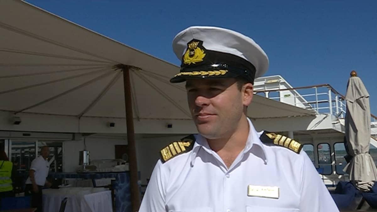 M/S Saga Pearlin kapteeni Kim Tanner