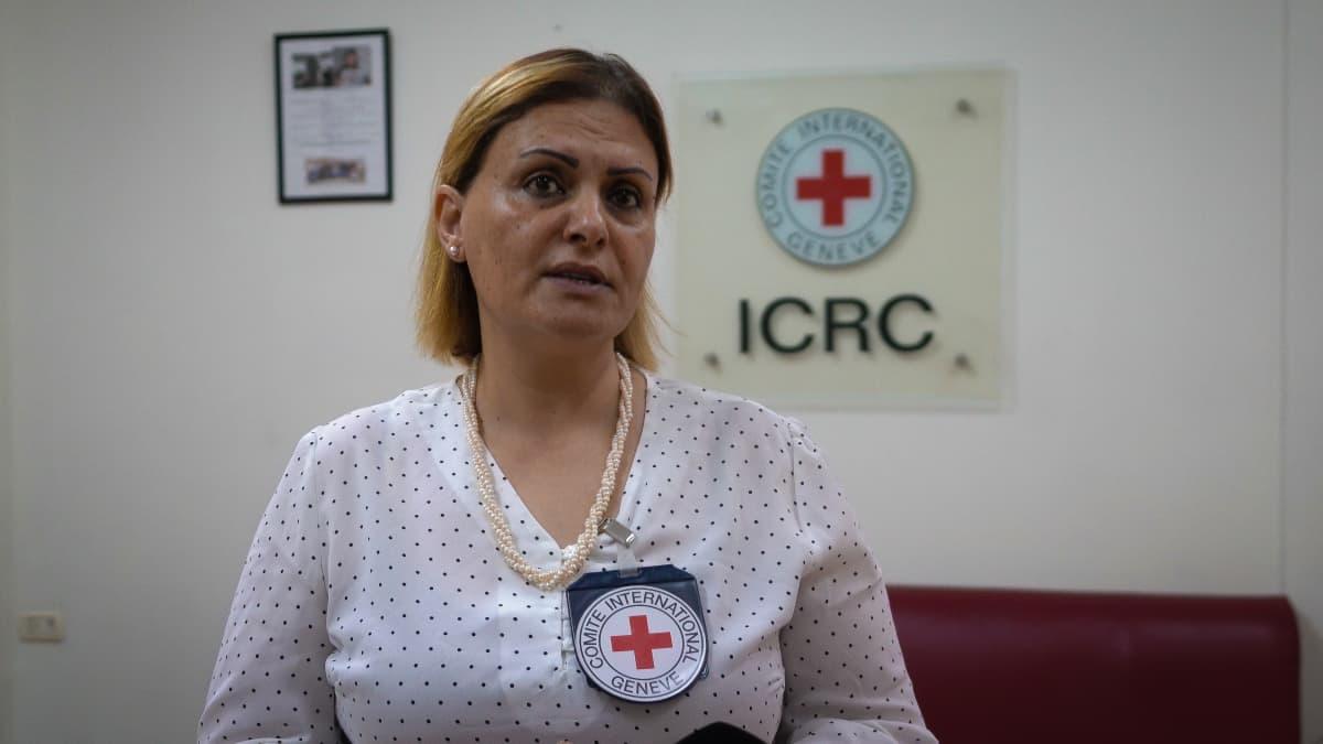 Kansainvälinen Punainen Risti on lähettänyt kirurgeja, sairaalatarvikkeita ja lääkkeitä Gazaan, mutta avuntarve on valtava, sanoo järjestön edustaja Soheir Zaqout.
