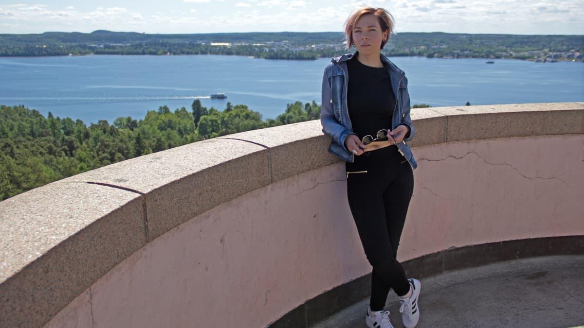 Jenni Mustajärvi Pyynikin näkötornissa