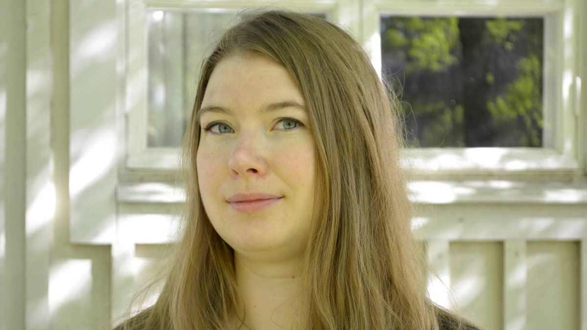Lahden Vihreiden puheenjohtaja ja kaupunginvaltuutettu Riina Puusaari.