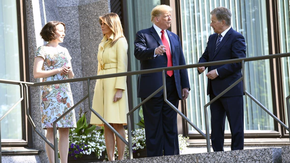 Jenni Haukio,  Melania Trump, Donald Trump  ja Sauli Niinistö Mäntyniemessä.