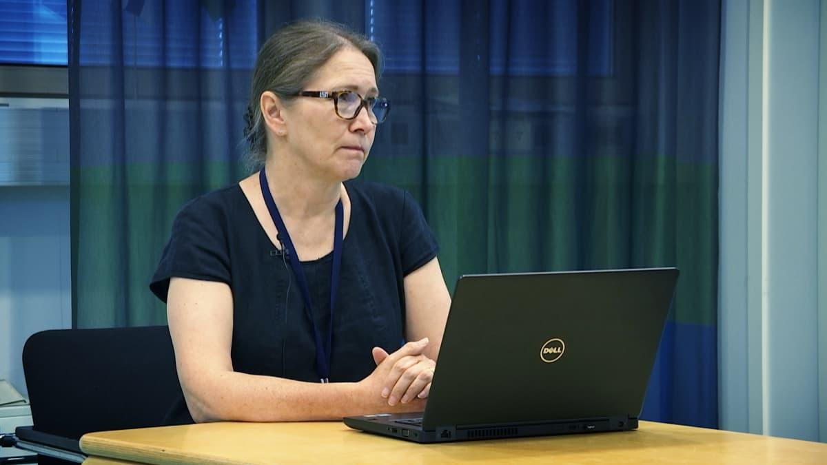 Säteilyturvakeskun johtaja Kaisa Koskinen.