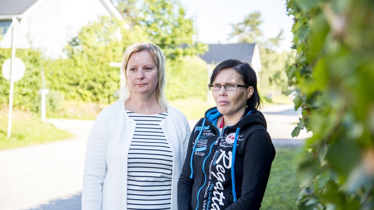 Heli Väisänen ja Päivi Hyttinen Harjulakoti Kajaani Kajaanin Pelastakaa Lapset ry