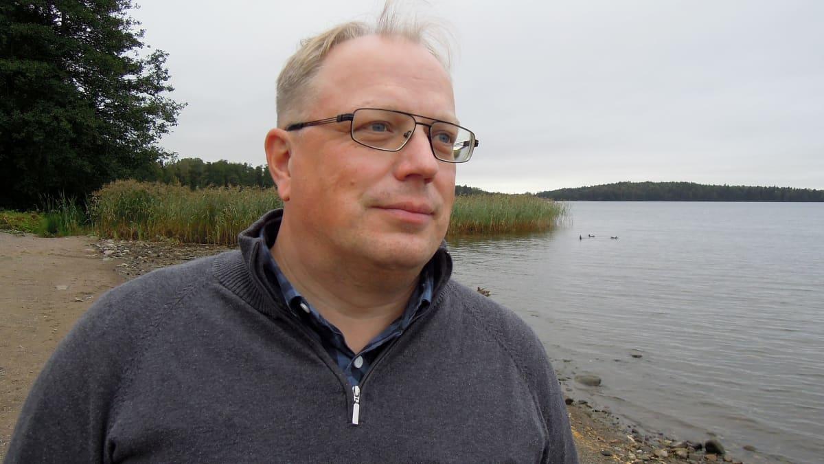 Lohjan Kalaseuran puheenjohtaja Jussi Eloranta.