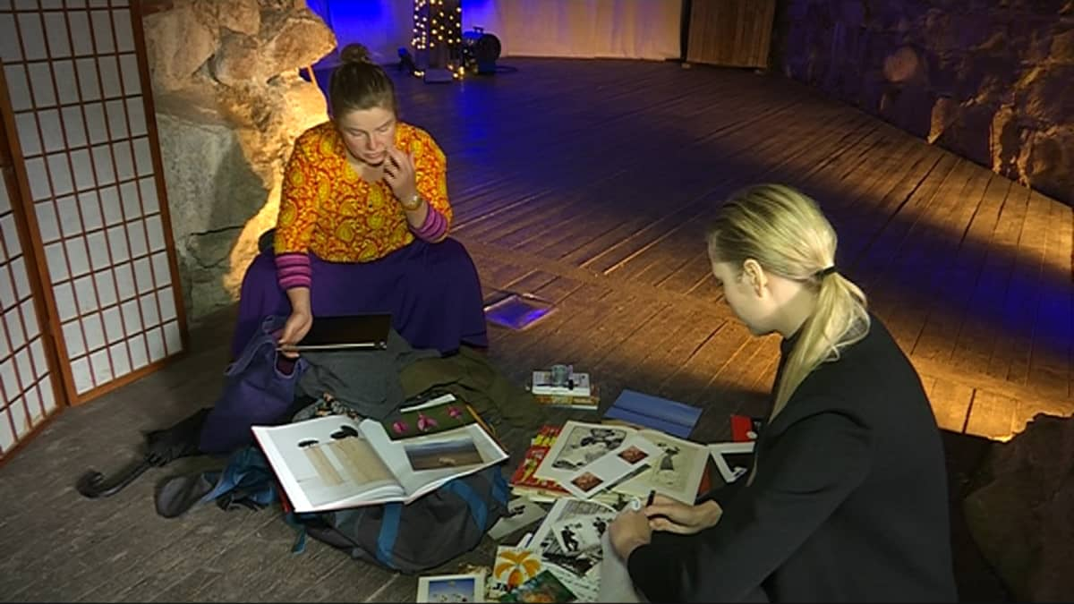 Kuntataiteilija Anna Koskela ja toimittaja Tiina Karppi valitsevat kuvaa tanssin aiheeksi