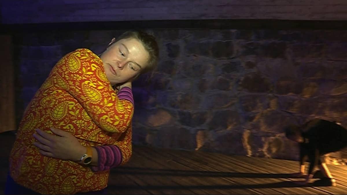 Anna Koskela tanssii