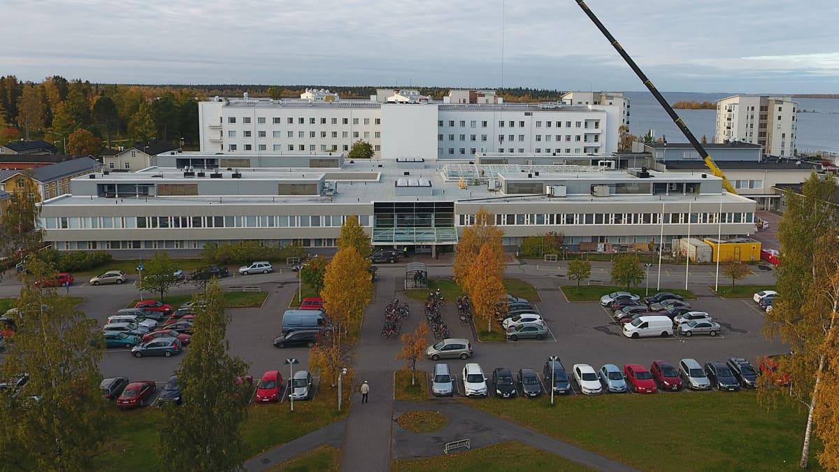 Länsi-Pohjan keskussairaala.