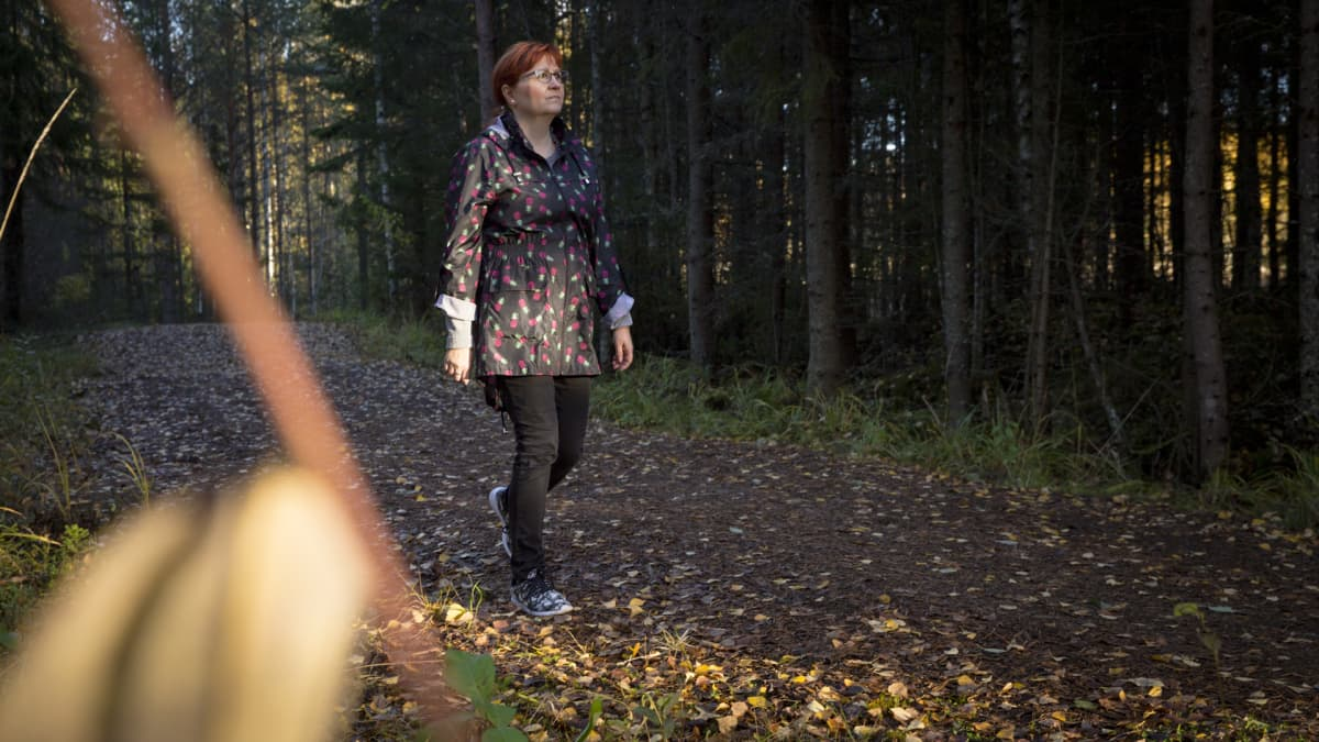 Leena Koponen lenkkeilee Vuorelassa