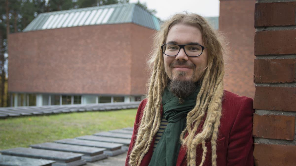 Tutkijatohtori Jarno Hietalahti.