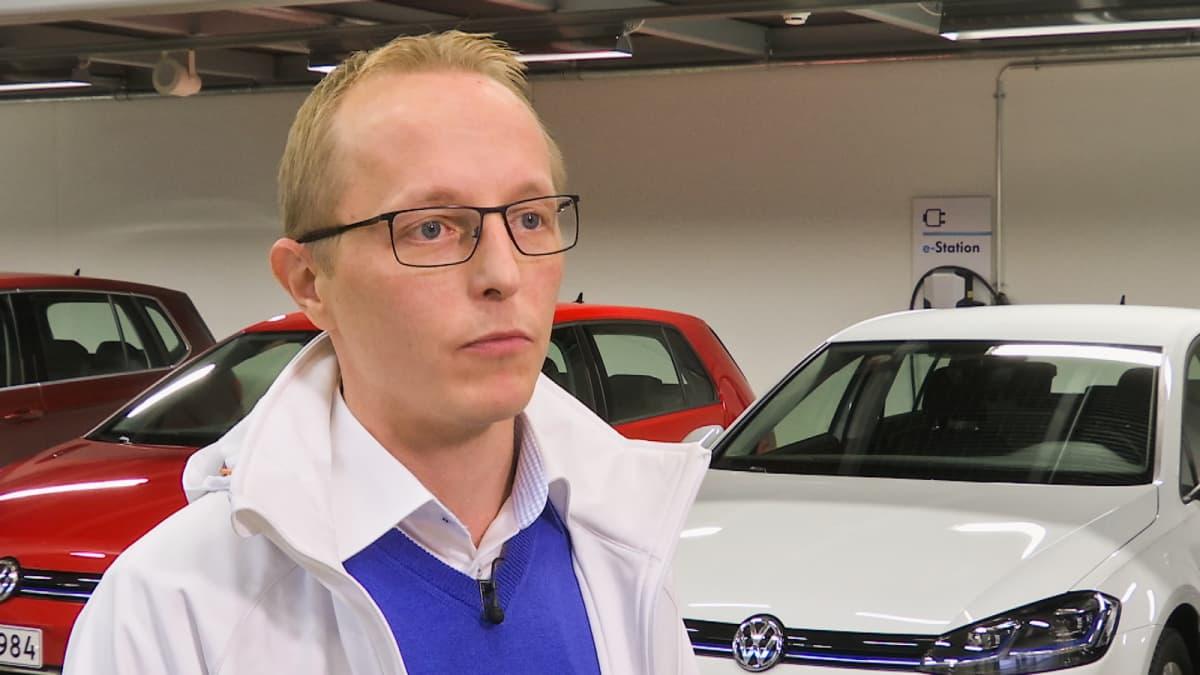 Volkswagenin maahantuojan Heikki Ahonen, tuotejohtaja, K Auto (Kesko)