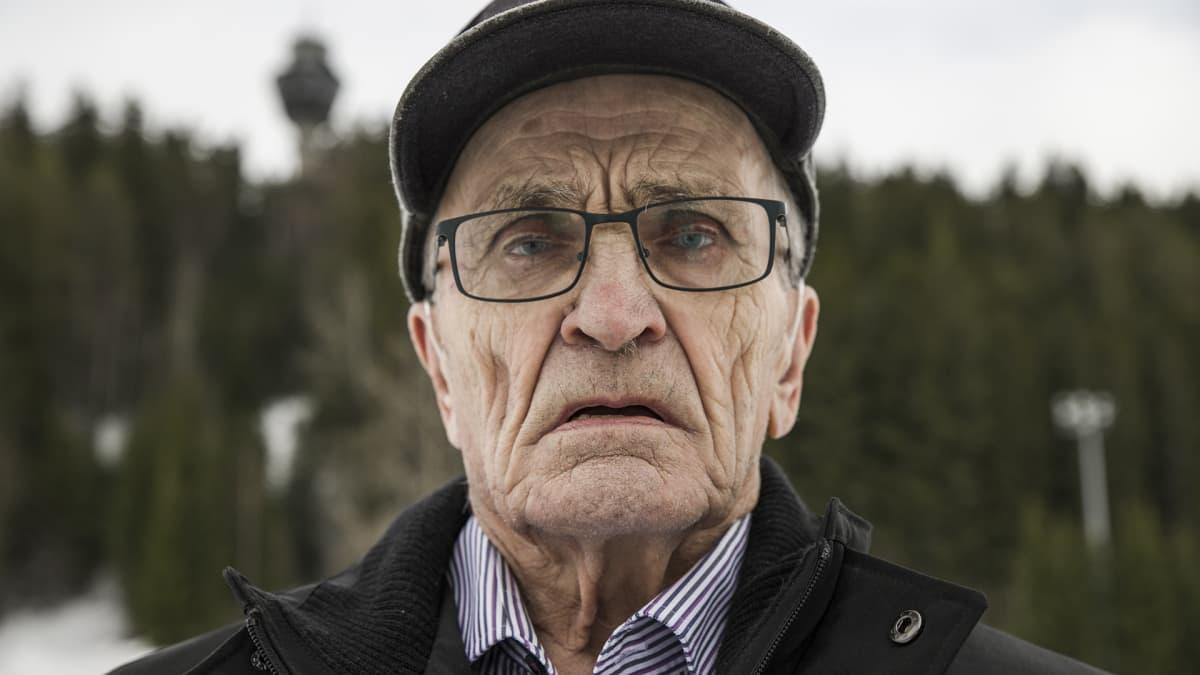 Sonkajärven Pahkaa edustanut Eljas Koistinen on hiihtänyt Pohjois-Savon maakuntaviestissä peräti 33 kertaa.