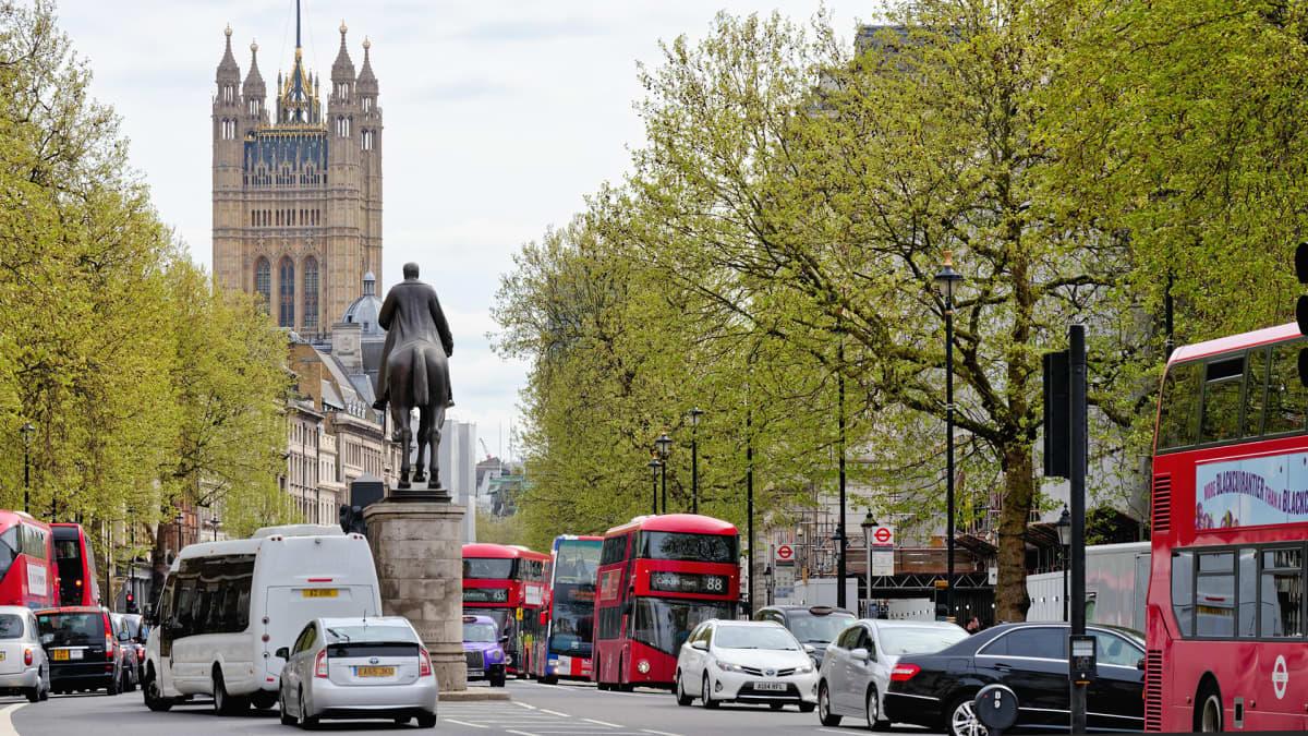 ruuhkaa lontoon keskustassa