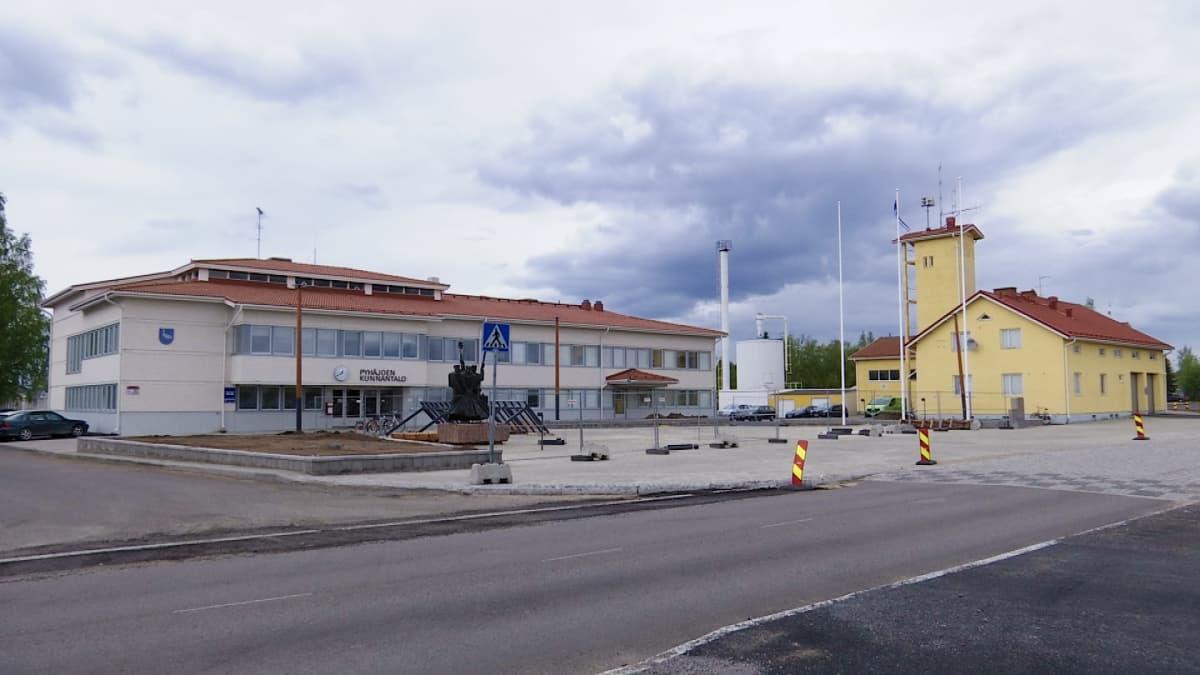 Puhäkoen kunnantalo toukokuu 2019