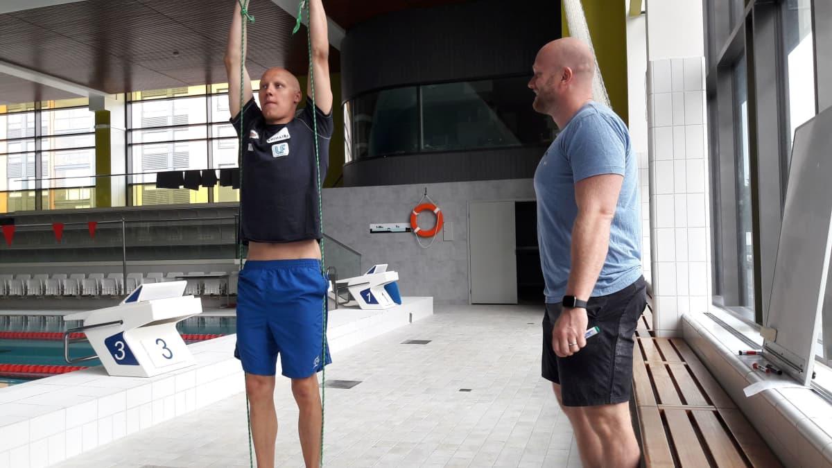 Matti Mattsson ja valmentaja Eetu Karvonen