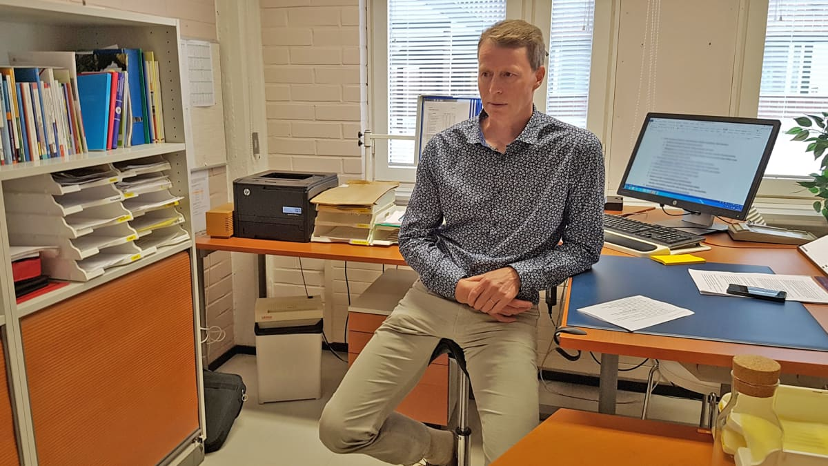 Rehtori Jyrki Auronen Voisalmen koulu