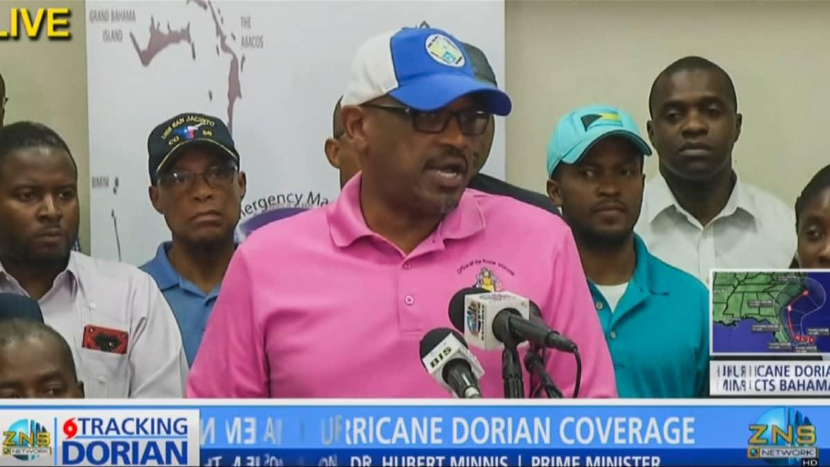 Bahamasaarten pääministeri Hubert Minnis puhui lehdistötilaisuudessa Nassaussa 2. syyskuuta.