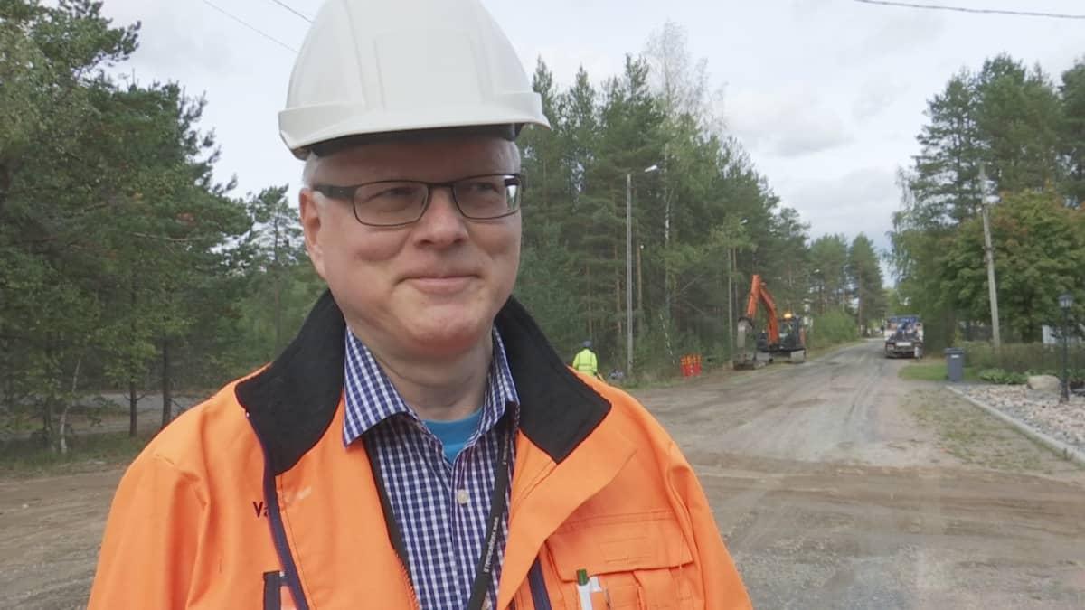 Verkkopäällikkö Markku Salo Vatajankosken Sähkö