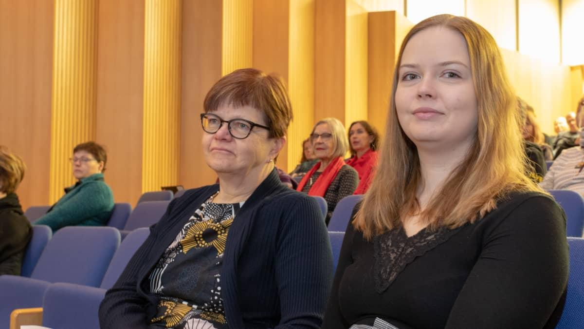 Riitta ja Vilja Päätalo Oulussa: Oma isä ja isoisä tutkimuskohteena