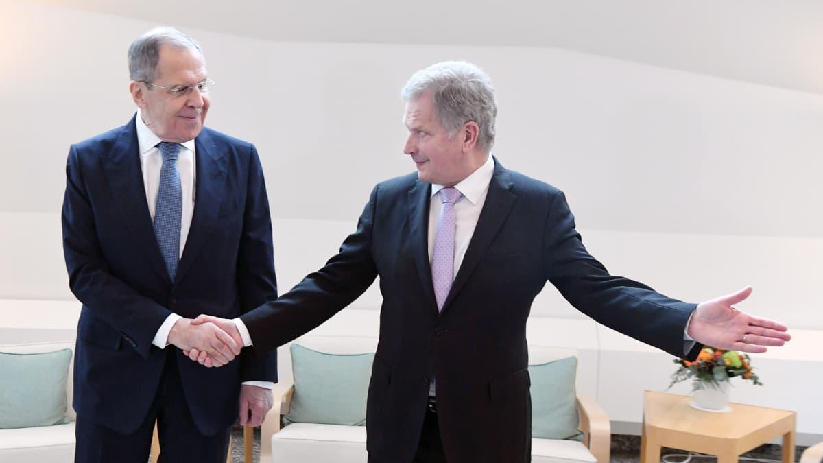 Sergei Lavrov ja Sauli Niinistö tapaavat Mäntyniemessä.