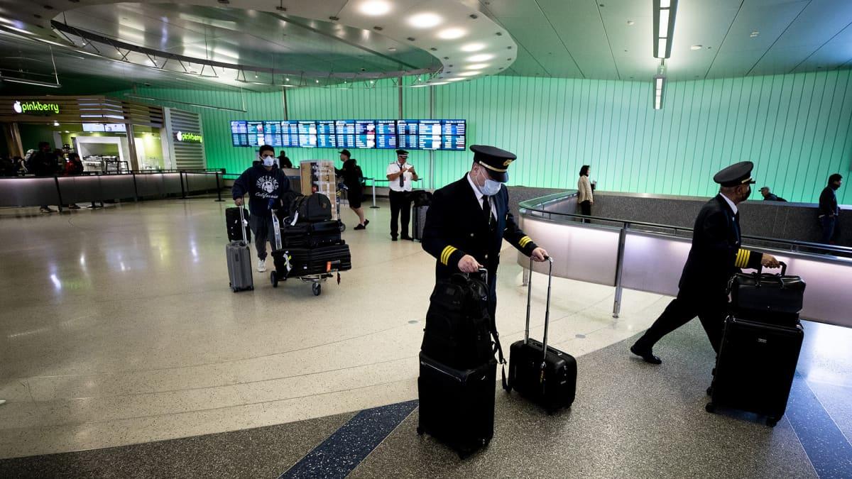 Los Angelesin lentokenttä 9. maaliskuuta.