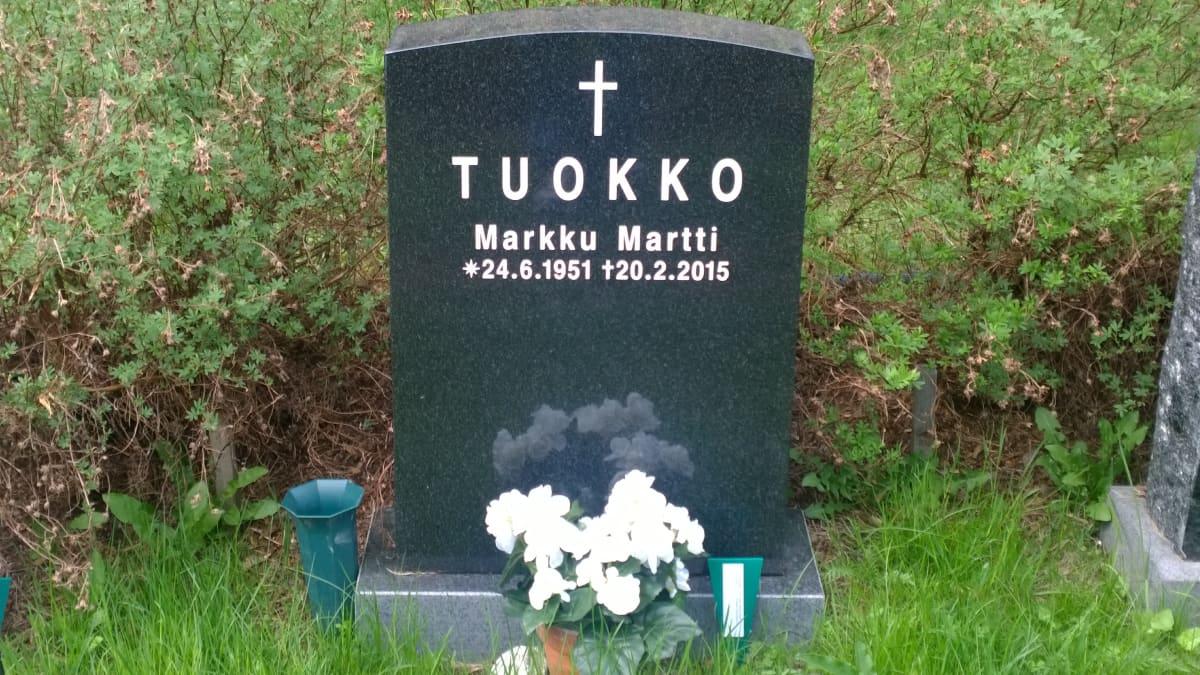 Markku Tuokko hauta