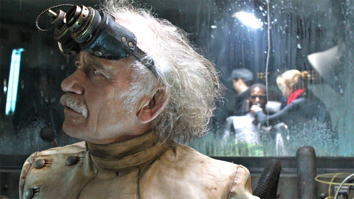 Tilo Prücknerin näyttelemä Dr. Richter elokuvassa Iron Sky.