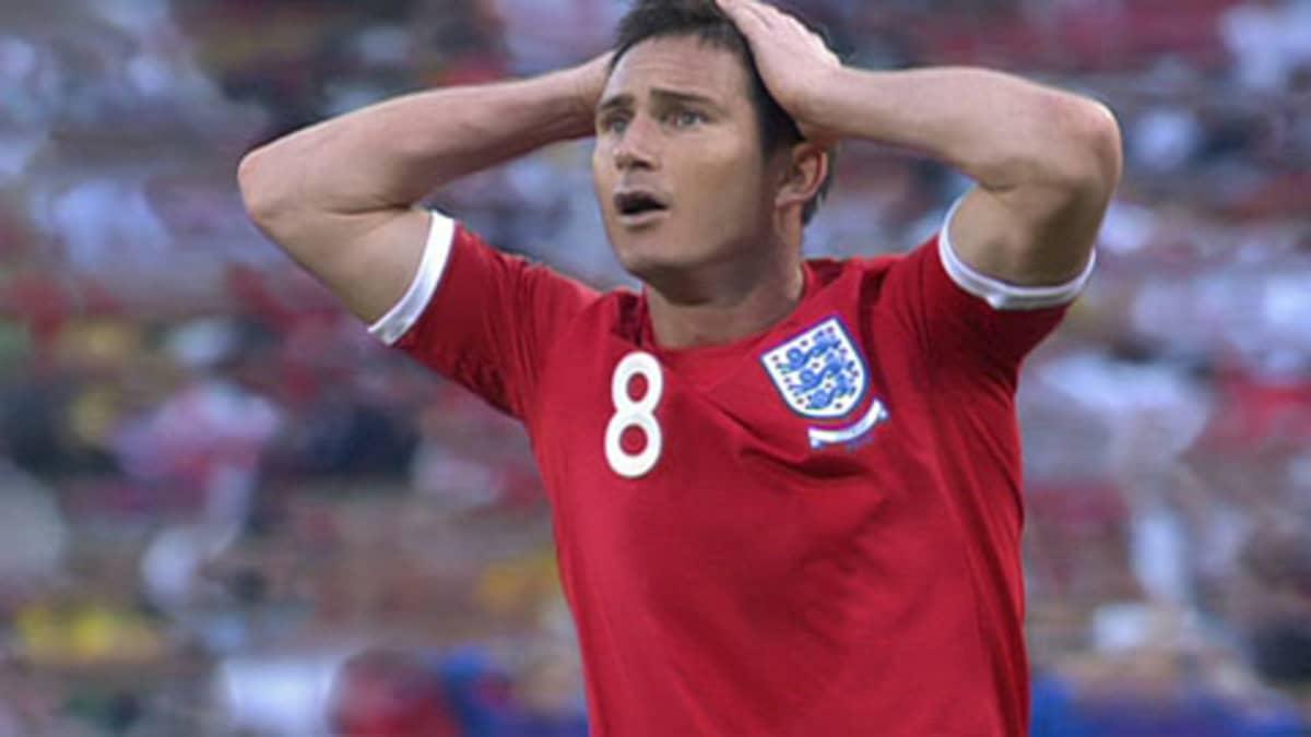 Frank Lampard ihmettelee.