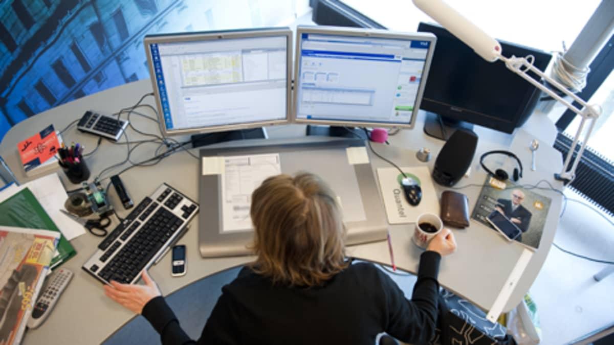 Kiireinen tietokoneoperaatori.