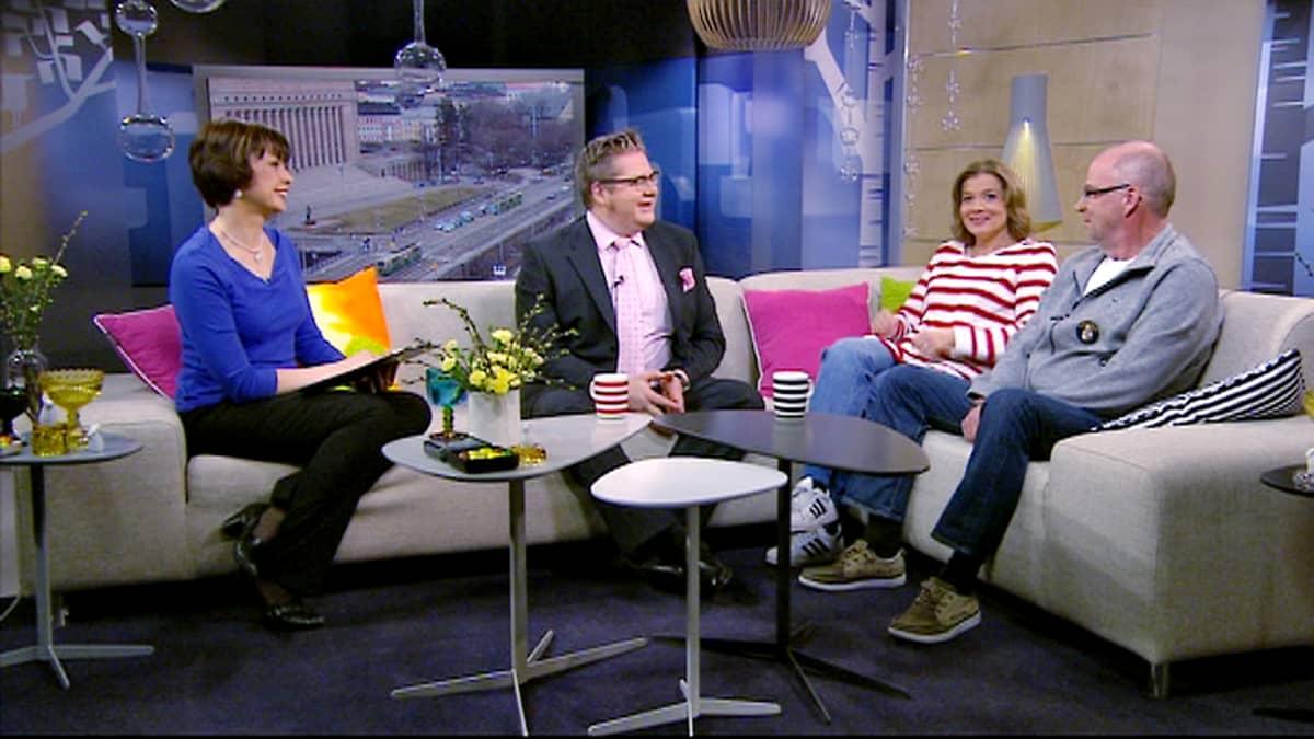 Jälkiviisaissa vieraina olivat Jan Erola, Jeanette Björkvist sekä Kalle Isokallio.