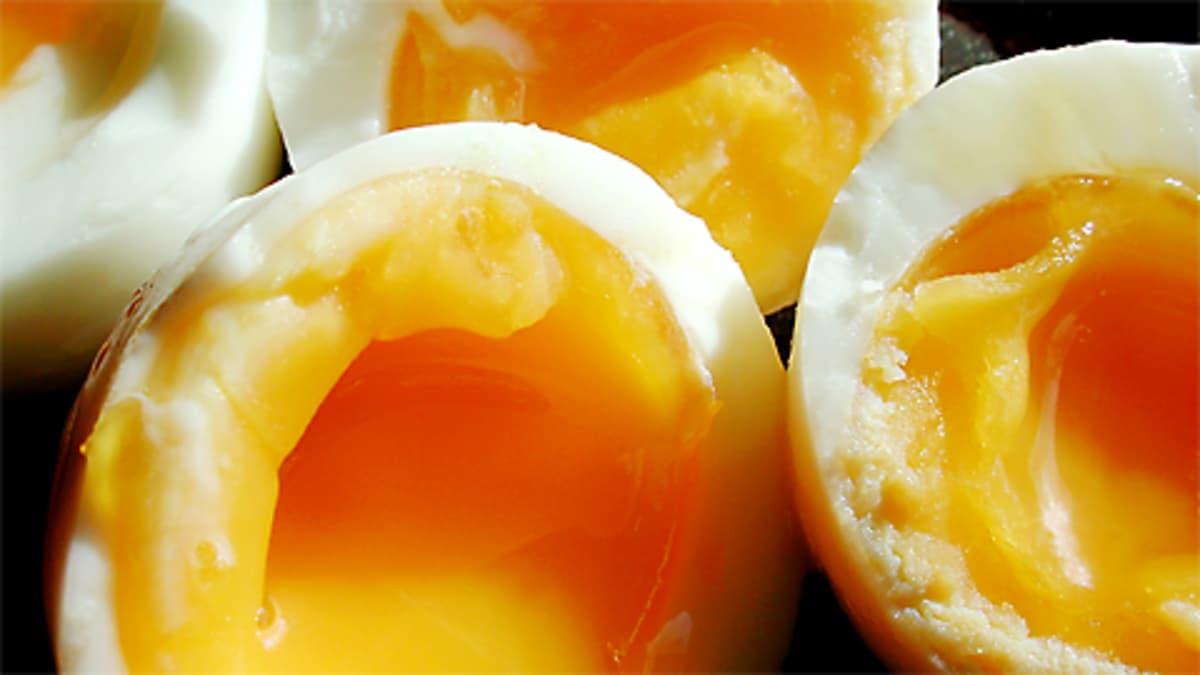 Finelin mukaan yhdessä keskikokoisessa keitetyssä kananmunassa on 6,9 grammaa proteiinia.