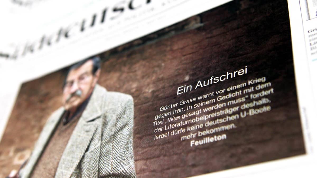 Kuva Süddeutsche Zeitungin etusivusta 4. huhtikuuta 2012 - kannessa Günter Grass.