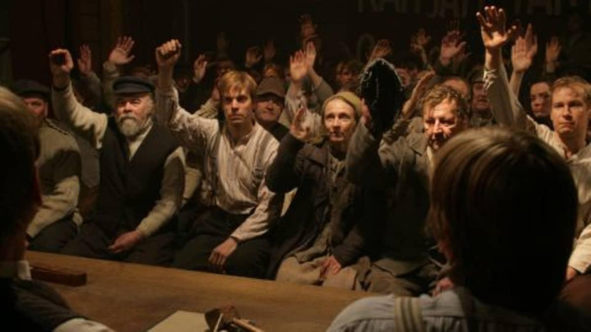 Täällä Pohjantähden alla -elokuvaa kuvattiin Satakunnassa ja Villilä Studioilla vuosina 2008 ja 2009.