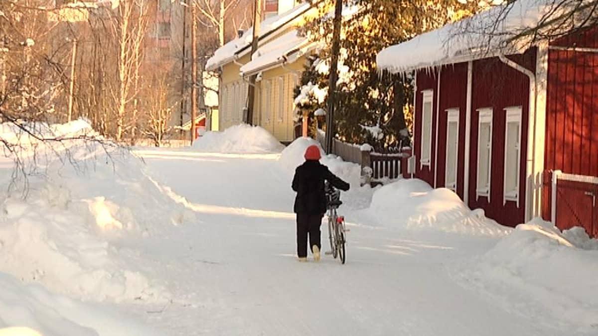 Talvinen katunäkymä Forssasta