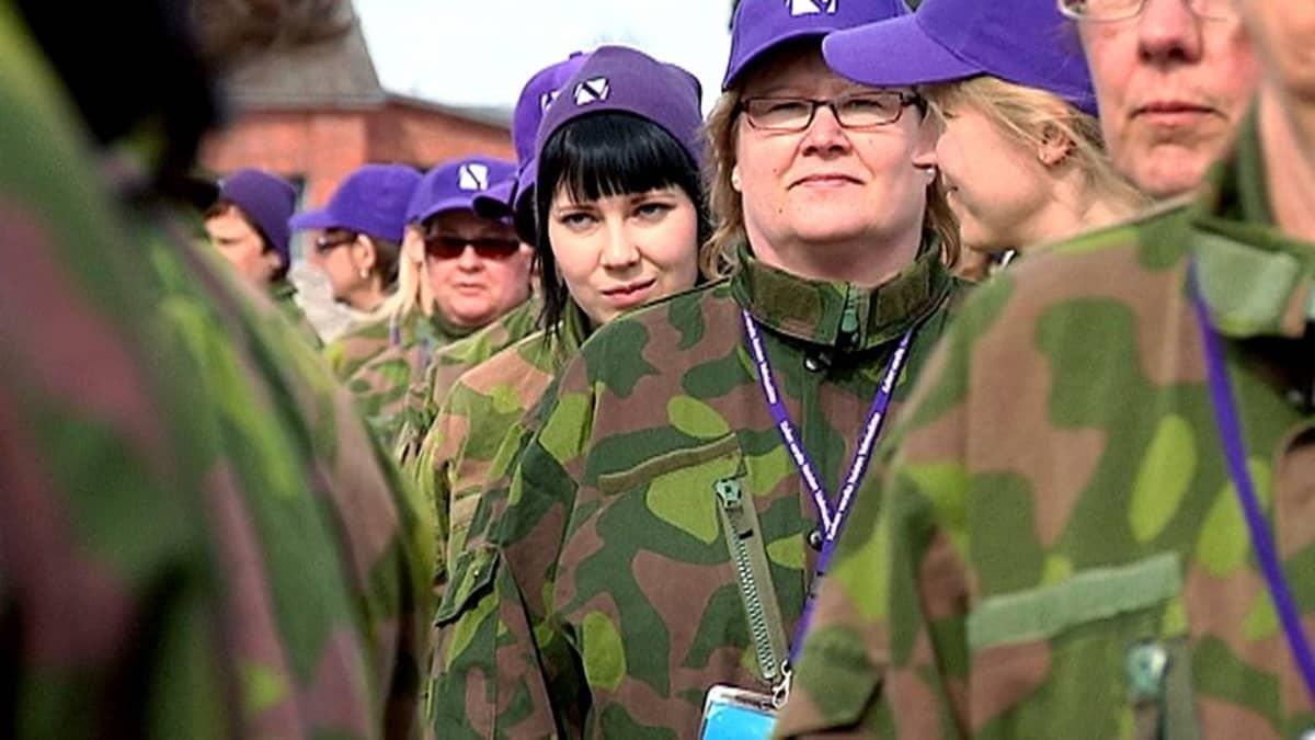 Naisia Wilma-harjoituksessa Lappeenrannassa.