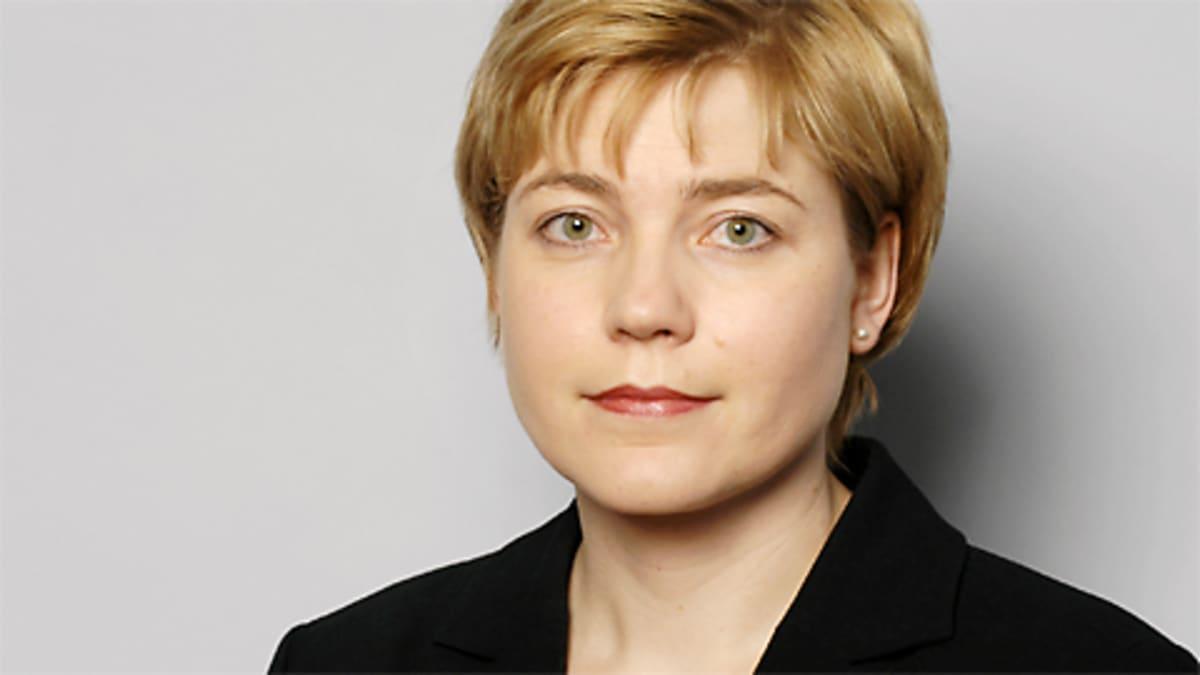 Hallinto- ja kuntaministeri Henna Virkkunen.