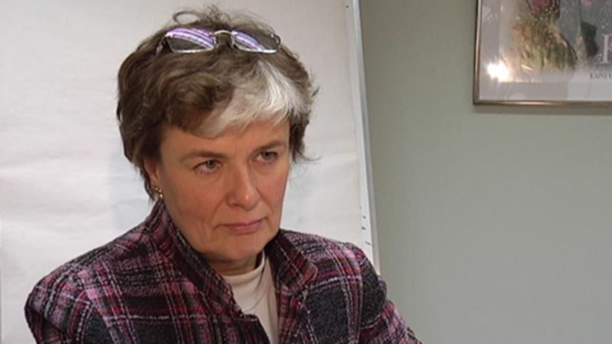 Maahanmuuttoministeri Astrid Thors.