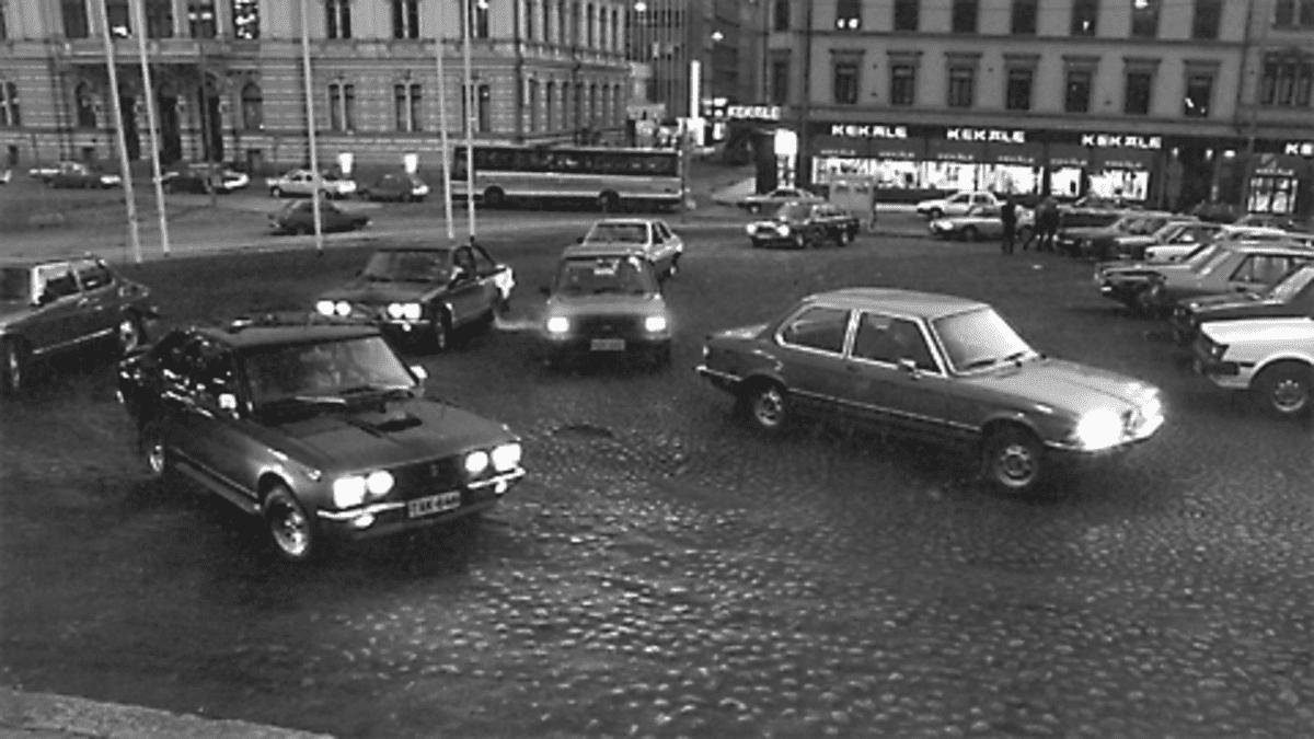 Korttelirallia Tampereen keskustassa 1980-luvulla
