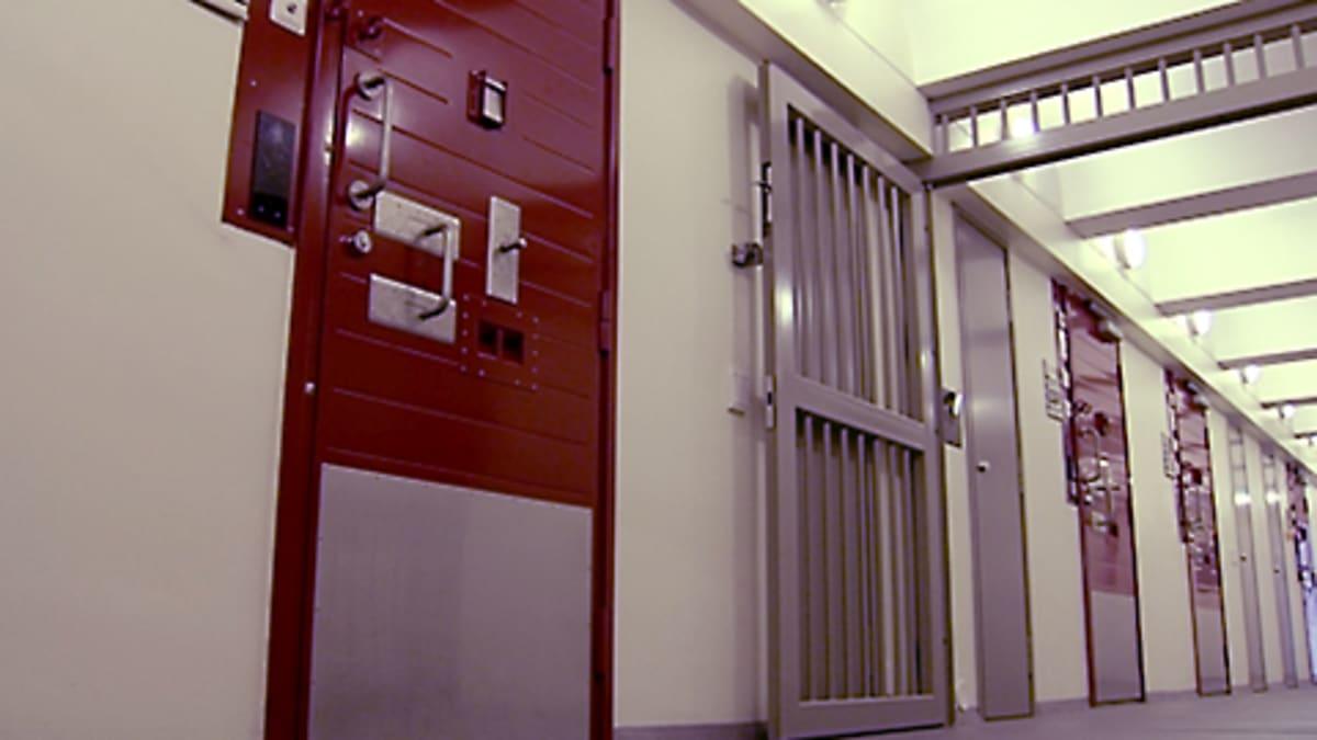 Vankilan käytävä