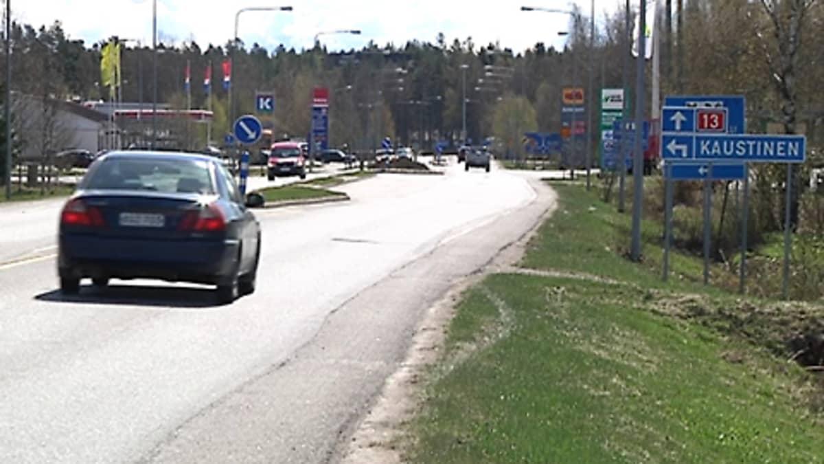 Kuva Kaustisen keskustasta Kokkolan suunnasta.