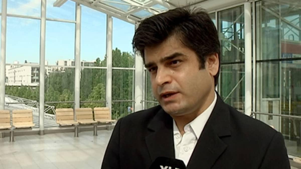 Suomalais-kurdilaisen ystävyysseuran puheenjohtaja Sabah Abbas Ali