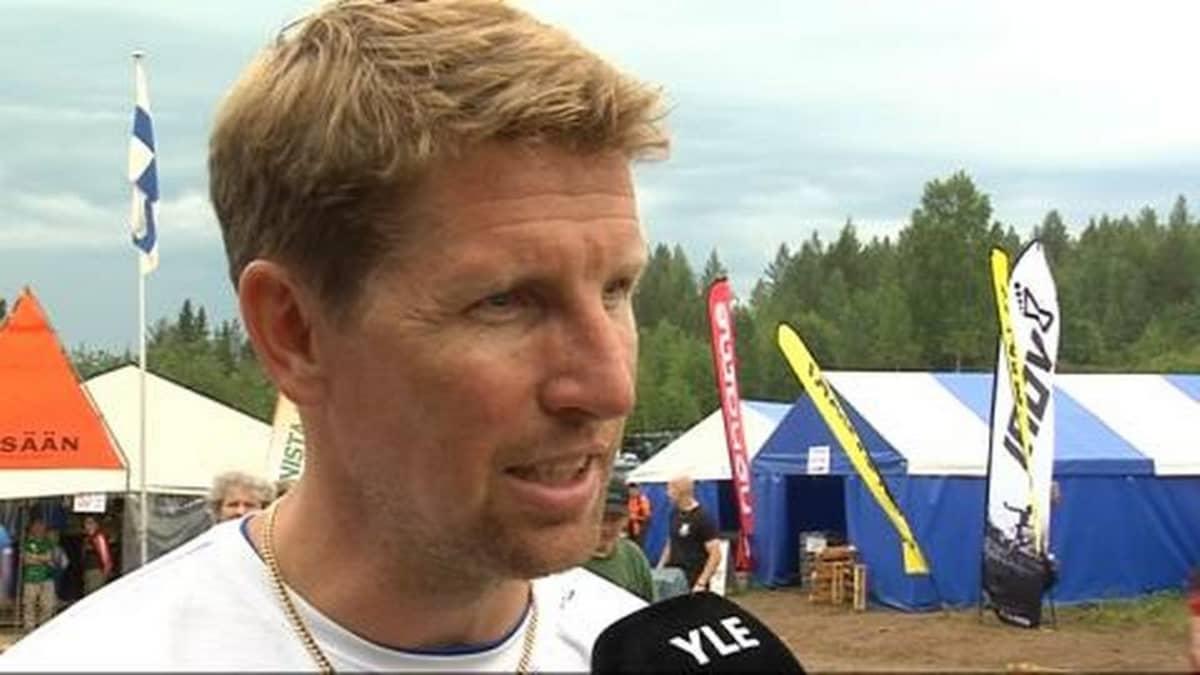 Suunnistuksen päävalmentaja Janne Salmi