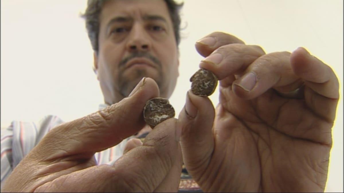 Salem Shamekhin käsissä on kalkkitryffeli