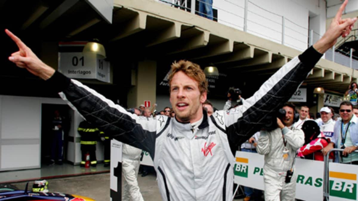 Jenson Button juhlii