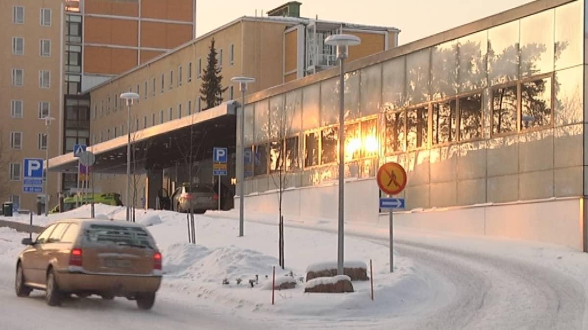 Satakunnan keskussairaalan uudet päivystystilat ulkoa.