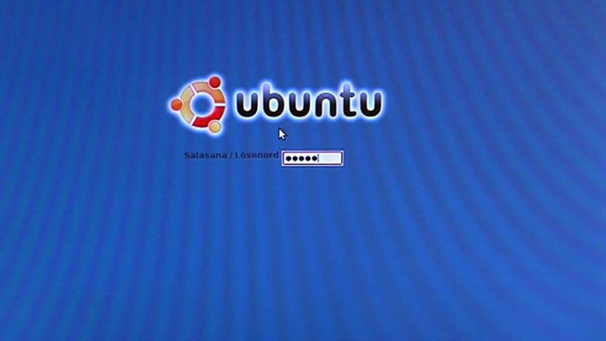 Ubuntu Linuxin logo toivottaa käyttäjän tervetulleeksi päätteelle.