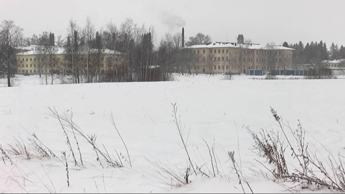 Nokian Pitkänniemen sairaala-alue.