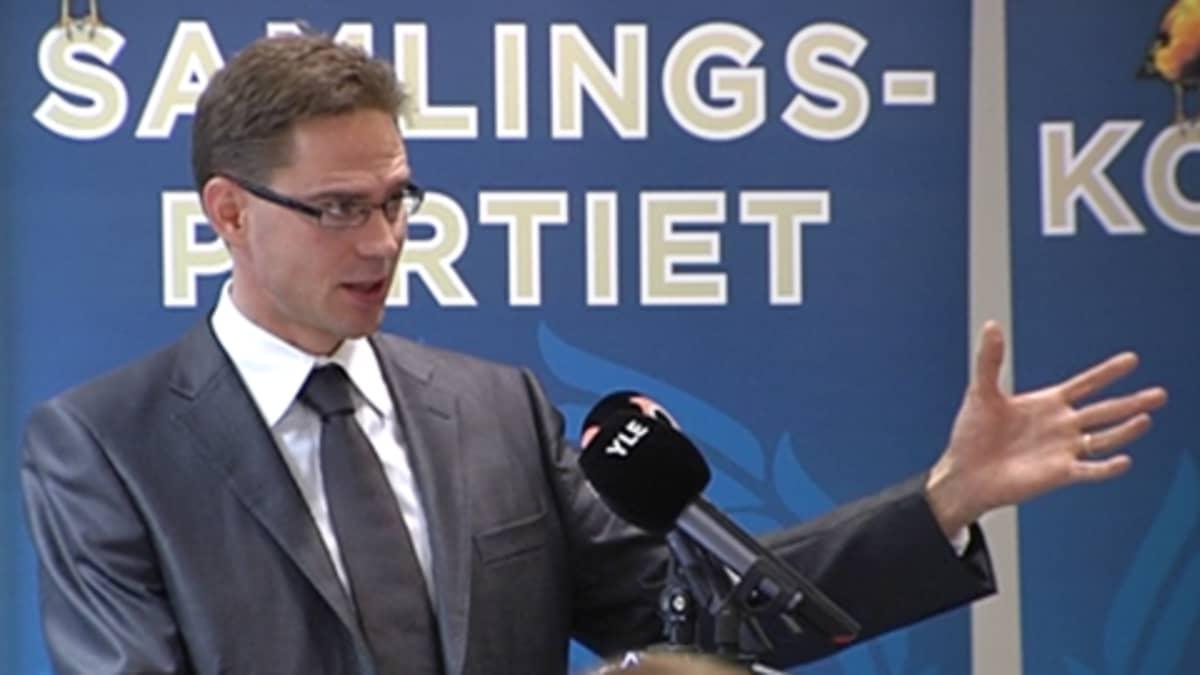 Kuvassa Kokoomuksen puheenjohtaja, valtiovarainministeri Jyrki Katainen.